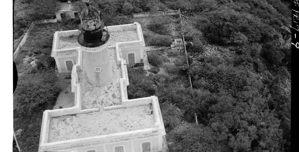 4.	Aerial view from the northeast of the Caja de Muerto Light in 1980. (Library of Congress)